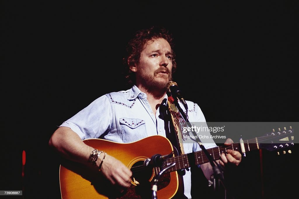 Gordon Lightfoot Performing : News Photo