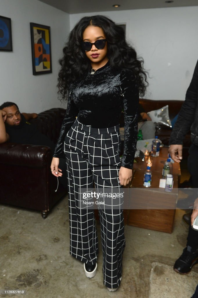 ModCloth Hosts Special Performance By Grammy Winning Artist H.E.R. : News Photo