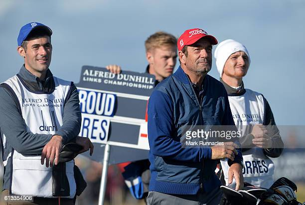 Musician Huey Lewis at the 16th hole during the third day of the Alfred Dunhill Links Championship at The Old Course on October 8 2016 in St Andrews...
