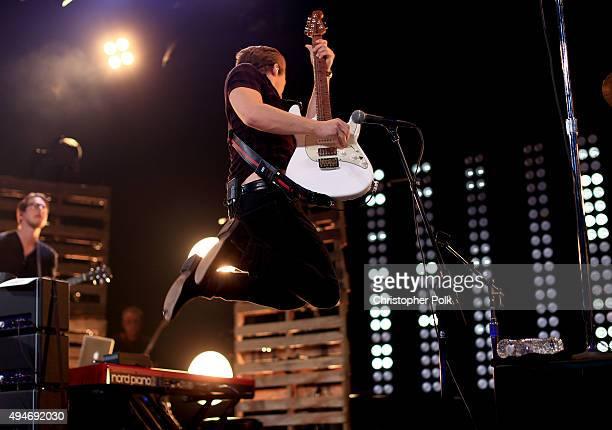 Musician Hunter Hayes performs on the Honda Stage presented by iHeartMedia at the iHeartRadio Theater Los Angeles at on October 27 2015 in Burbank...