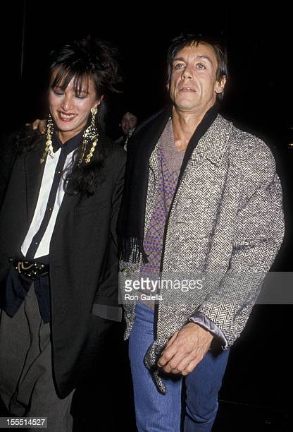 Musician Iggy Pop and wife Suchi Asano attend a party for Bob Dylan on November 13 1985 at the Whitney Museum in New York City