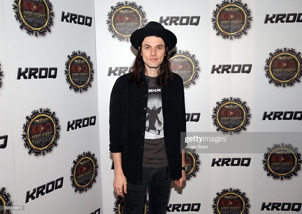106.7 KROQ Almost Acoustic Christmas 2015 - Day 2