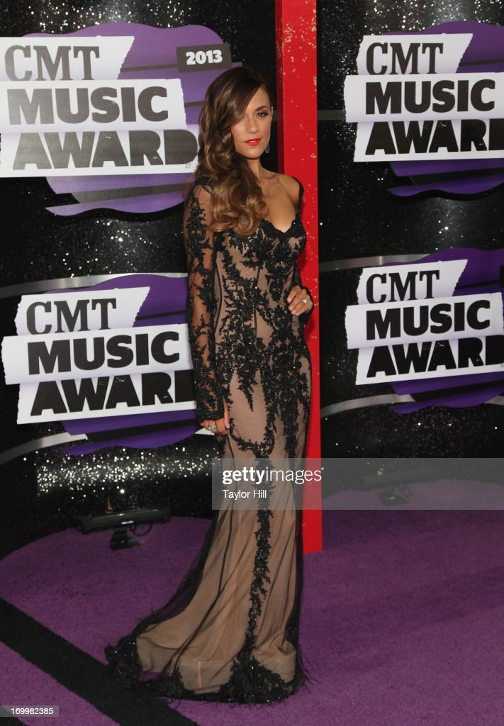 Musician Jana Kramer attends the 2013 CMT Music awards at the Bridgestone Arena on June 5, 2013 in Nashville, Tennessee.