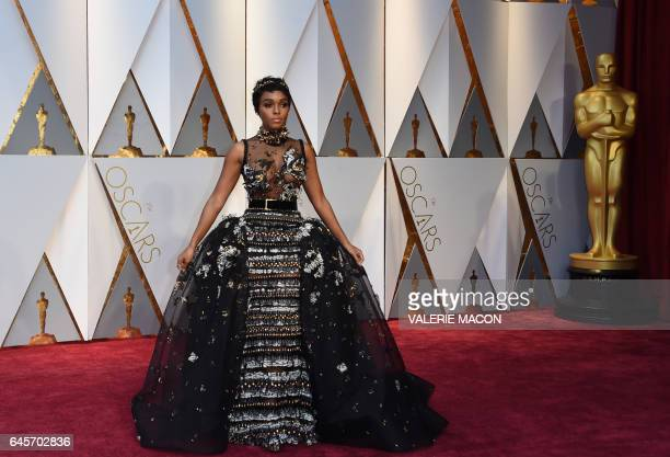 Musician Janelle Monae arrives on the red carpet for the 89th Oscars on February 26 2017 in Hollywood California / AFP / VALERIE MACON