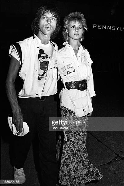 Musician Jeff Beck and Julia Smith attend Michael Jackson Concert on August 4 1984 at Madison Square Garden in New York City