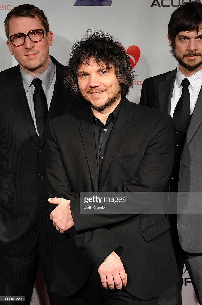 2010 MusiCares Person of the Year Gala - Arrivals