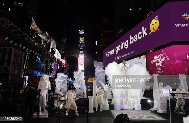 Musician Jennifer Lopez performs during a New Years Eve virtual celebration in the Times Square area of New York, U.S., on Thursday, Dec. 31, 2020....