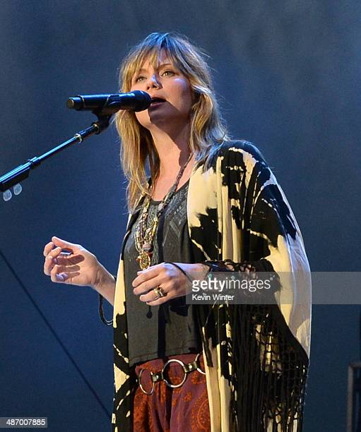 Musician Jennifer Nettles performs onstage during day 2 of 2014 Stagecoach California's Country Music Festival at the Empire Polo Club on April 26...