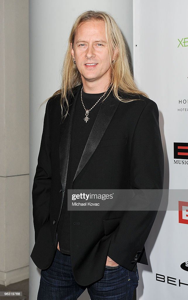 Musician Jerry Cantrell arrives at the EMI Post-GRAMMY Party at W Hollywood on January 31, 2010 in Hollywood, California.