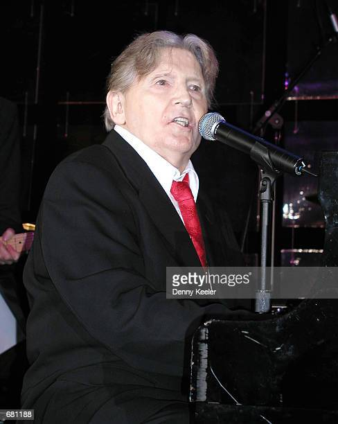 Musician Jerry Lee Lewis performs at the Associates for Breast and Prostate Cancer Studies 12th Annual Gala of the John Wayne Cancer Institute...