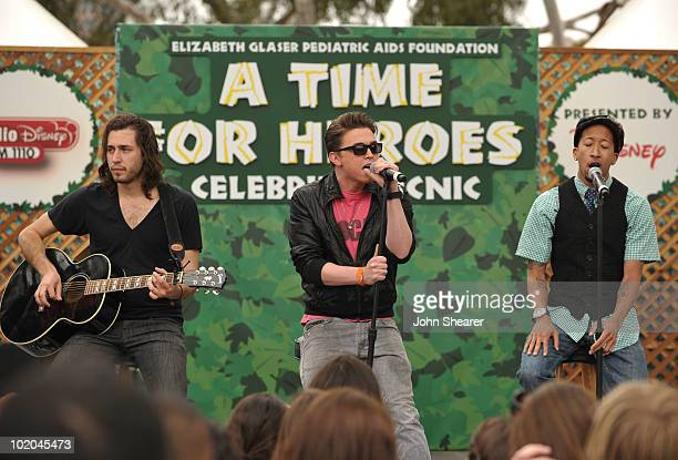 Musician Jesse McCartney performs at the 21st A Time For Heroes Celebrity Picnic sponsored by Disney to benefit the Elizabeth Glaser Pediatric Aids...