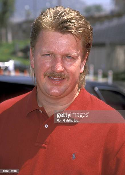 Musician Joe Diffie attends the 33rd Annual Academy of Country Music Awards on April 22, 1998 at Universal Amphitheatre in Universal City, California.