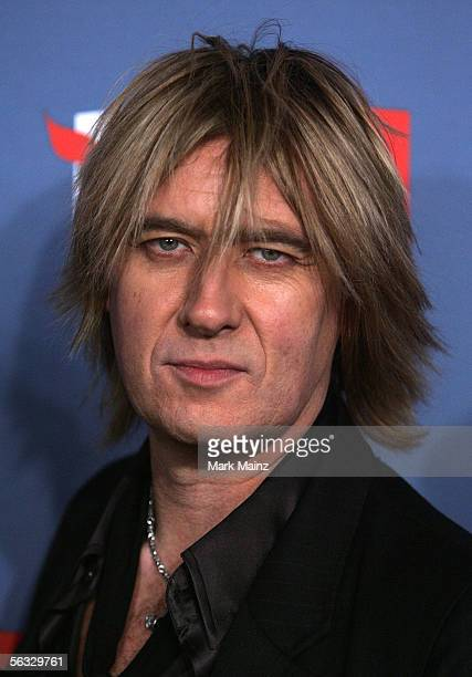 Musician Joe Elliott of Def Leppard arrives at the VH1 Big In '05 Awards held at Stage 15 on the Sony lot on December 3 2005 in Culver City California
