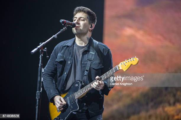 fall out boy performs at viejas arena ストックフォトと画像 getty