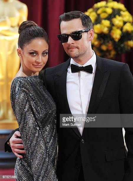 Musician Joel Madden and TV personality Nicole Richie arrives at the 82nd Annual Academy Awards held at the Kodak Theatre on March 7, 2010 in...
