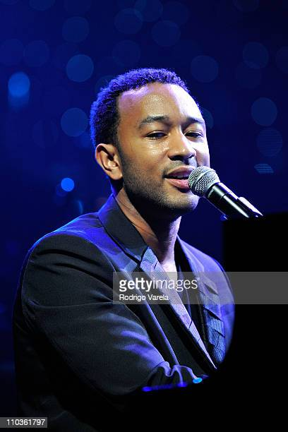 Musician John Legend performs at the 9th Annual Latin GRAMMY Awards Person Of The Year honoring Gloria Estefan held at the George R Brown Convention...
