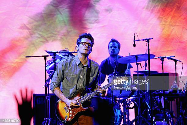 Musician John Mayer performs onstage at Food Network In Concert on September 20 2014 in Chicago United States