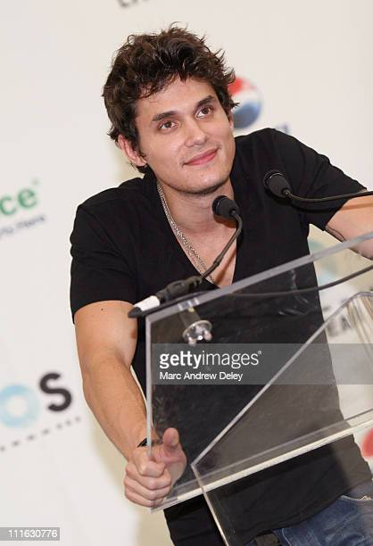 Musician John Mayer poses in the press room at the Live Earth New York Concert held at Giants Stadium on July 7, 2007 in East Rutherford, New Jersey