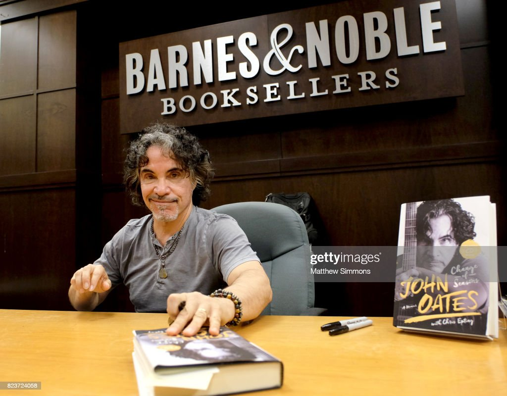 "John Oates Book Signing For ""Change Of Seasons"" - Arrivals"