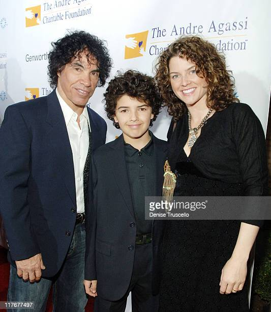 Musician John Oates of Hall Oates Tanner Oates and Aimee Oates arrives to The Andre Agassi Charitable Foundation's 12th Annual Grand Slam for...