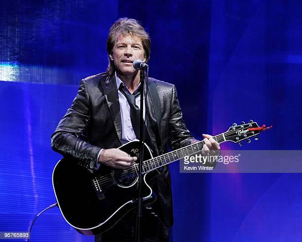 Musician Jon Bon Jovi performs at City of Hope's Music and Entertainment Industry's Spirit of Life Gala in the Diamond Ballroom at the Ritz-Carlton...