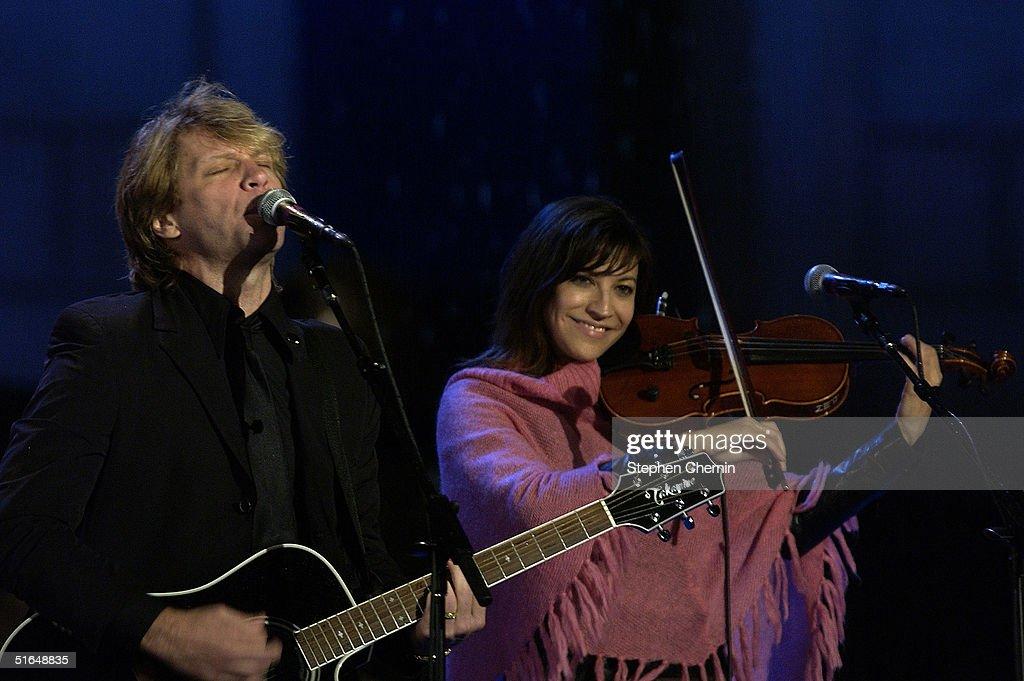 Jon Bon Jovi Performs During Kerry's Election Night Event : News Photo