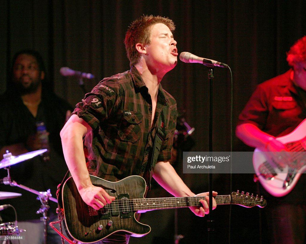 "The GRAMMY Museum Presents ""Great Guitars: Jonny Lang"""