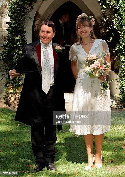 Musician Jools Holland and Christabel McEwen smile after their wedding at St James's Church Cooling on August 30 2005 in Cooling England The...