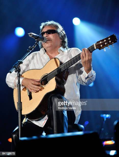 Musician Jose Feliciano performs at the 9th Annual Latin GRAMMY Awards Person Of The Year honoring Gloria Estefan held at the George R. Brown...