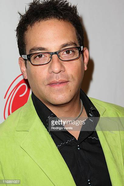 ECUADOR - Etnografía, cultura y mestizaje Musician-juan-fernando-velasco-arrives-to-the-8th-annual-latin-grammy-picture-id110351027?s=612x612
