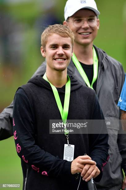 Musician Justin Bieber attends a practice round prior to the 2017 PGA Championship at Quail Hollow Club on August 8 2017 in Charlotte North Carolina