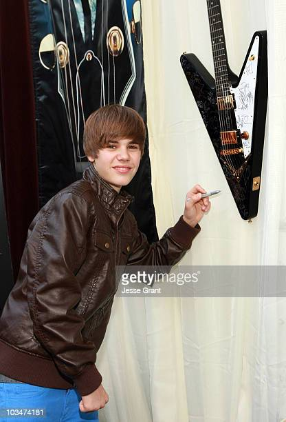Musician Justin Bieber attends the 52nd Annual GRAMMY Awards GRAMMY Gift Lounge Day 3 held at the at Staples Center on January 30 2010 in Los Angeles...