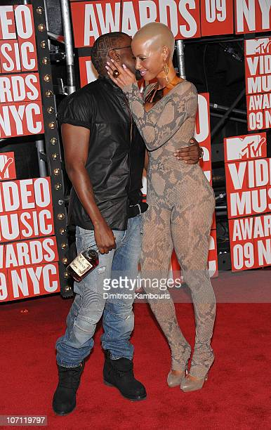 Musician Kanye West and Amber Rose attend the 2009 MTV Video Music Awards at Radio City Music Hall on September 13 2009 in New York City