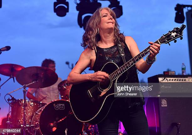 Musician Kathy Mattea performs during the Dylan Cash And The Nashville Cats A New Music City album release concert at Country Music Hall of Fame and...