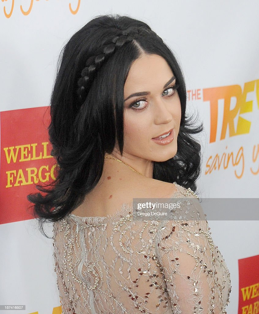 Musician Katy Perry arrives at The Trevor Project's 2012 'Trevor Live' event honoring Katy Perry at the Hollywood Palladium on December 2, 2012 in Hollywood, California.