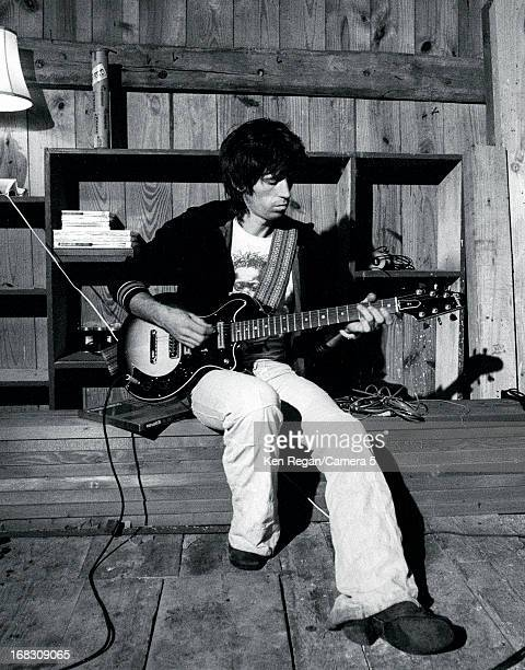 Musician Keith Richards of the Rolling Stones is photographed at home in 1977 in Weston Connecticut CREDIT MUST READ Ken Regan/Camera 5 via Contour...