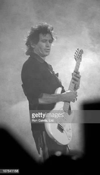 Musician Keith Richards performs at Rolling Stones Concert on September 6, 1989 at River Stadium in Pittsburgh, Pennsylvania.