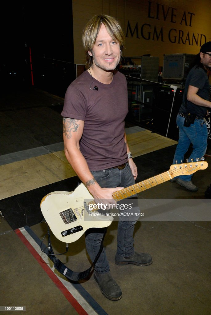 ACM Presents: Tim McGraw's Superstar Summer Night - Backstage And Audience : News Photo