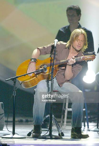 Musician Keith Urban performs on stage at the 39th Annual Country Music Awards on May 26 2004 at the Mandalay Bay Hotel and Casino in Las Vegas Nevada