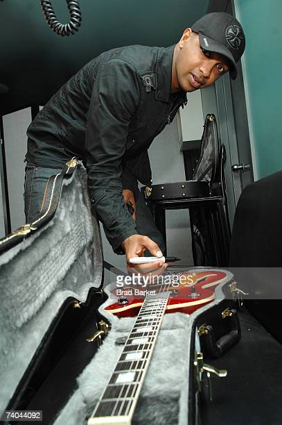 Musician Kenna autographs a guitar at the ASCAP Tribeca Music Lounge held at the Canal Room during the 2007 Tribeca Film Festival on May 1, 2007 in...