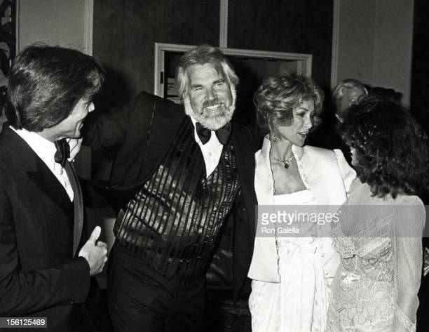 Musician Kenny Rogers wife Marianne Gordon actor John Davidson and Rhonda Rivera attending 'A Gala Evening in Monaco Benefit' on April 24 1981 at the...