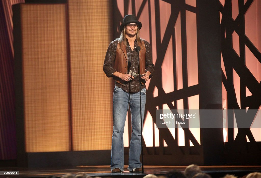 The 43rd Annual CMA Awards - Show : News Photo