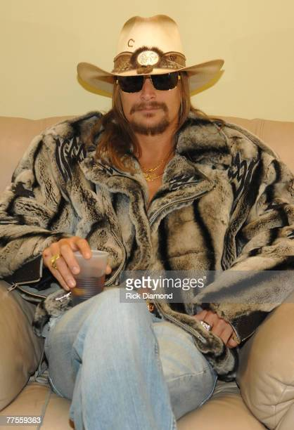 LOS ANGELES CA OCTOBER 25 Musician Kid Rock backstage during CMT Giants honoring Hank Williams Jr at the Gibson Amphitheatre on October 25 2007 in...