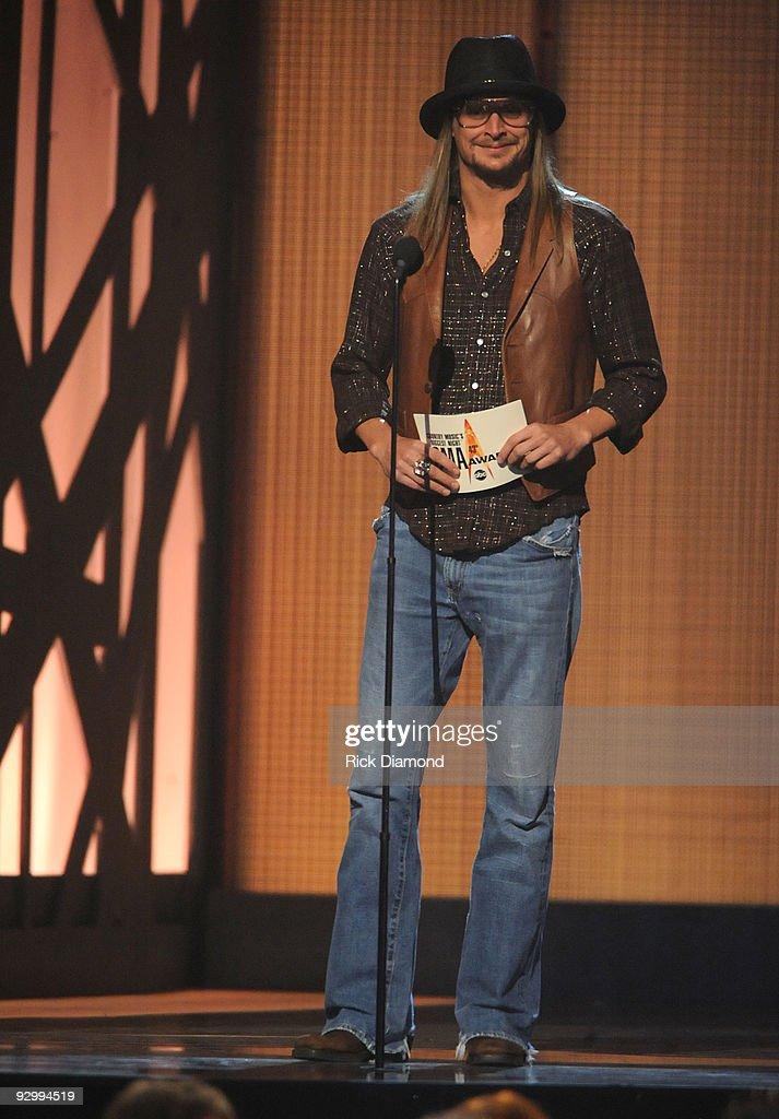 The 43rd Annual CMA Awards - Show : News Photo