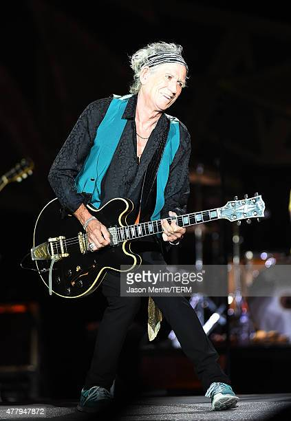 Musician Kieth Richards of The Rolling Stones performs at Heinz Field on June 20 2015 in Pittsburgh Pennsylvania