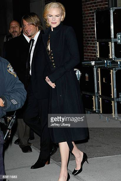Musician Kieth Urban and wife Actress Nicole Kidman visits Late Show with David Letterman at the Ed Sullivan Theater on November 24 2008 in New York...