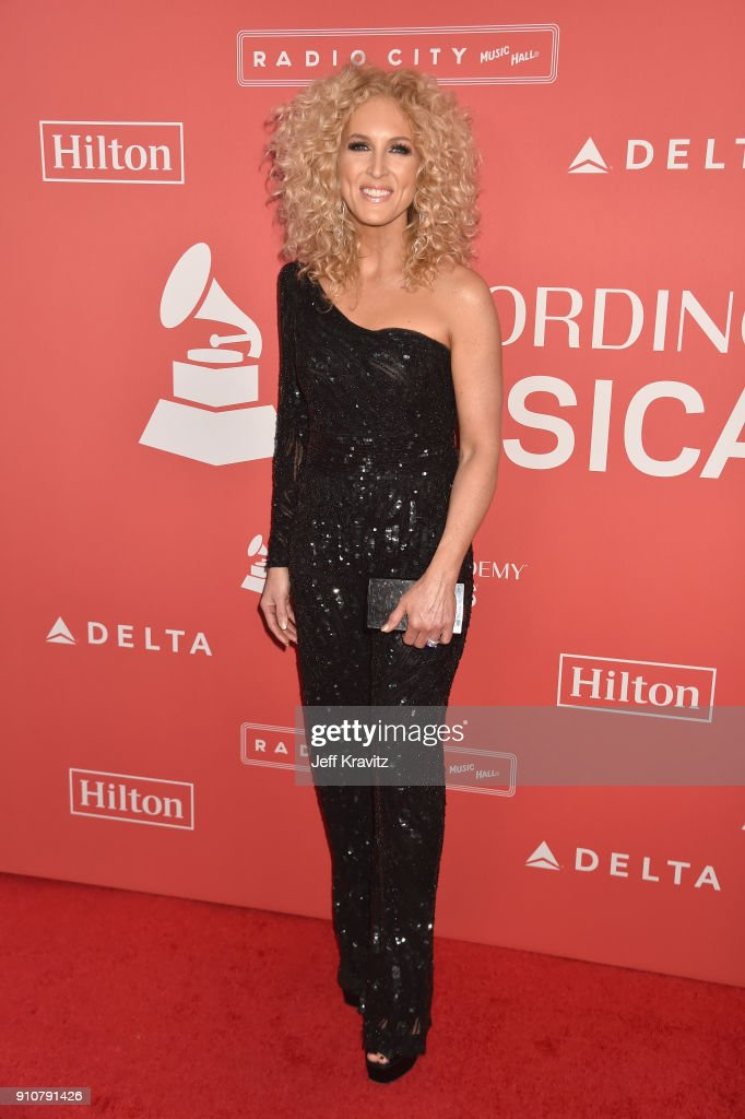 Musician Kimberly Schlapman of Little Big Town attends MusiCares Person of the Year honoring Fleetwood Mac at Radio City Music Hall on January 26, 2018 in New York City.