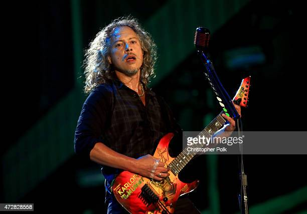 Musician Kirk Hammett of Metallica performs onstage during Rock in Rio USA at the MGM Resorts Festival Grounds on May 9, 2015 in Las Vegas, Nevada.