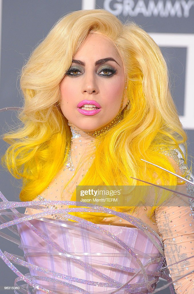 52nd Annual GRAMMY Awards - Arrivals : News Photo