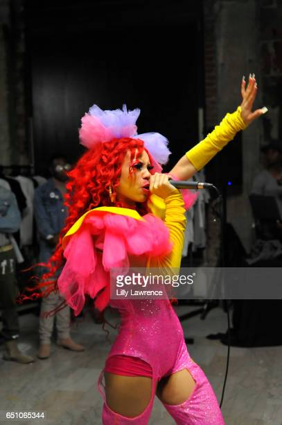 Musician Laila V performs at Karen Bystedt's 'Kings And Queens' exhibition on March 9 2017 in Los Angeles California